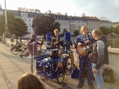 the porta-jam musik cart